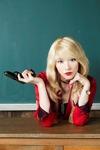映画「暗殺教室」のビッチ先生に女優・知英(ジヨン) 美しき暗殺者に挑戦