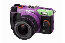 PENTAX Q10にエヴァモデル登場 各1500セット限定で3タイプ 画像