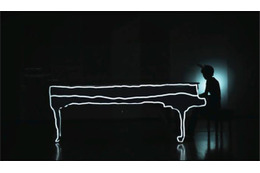 菅野よう子、米国アニメイベントOtakonで「piano me」ライブ 真鍋大度も参加