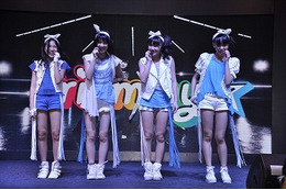 Prizmmy☆ インドで華麗なパフォーマンス ムンバイのクールジャパンフェス出演