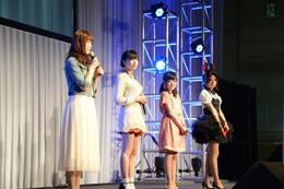 「selector infected WIXOSS」ステージに加隈亜衣、佐倉綾音、久野美咲登壇!ワーナー新作アニメも発表