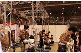 ニコニコ超会議に立体機動が登場! 進撃ブースで訓練兵団入団試験、立体機動装置を体験 画像