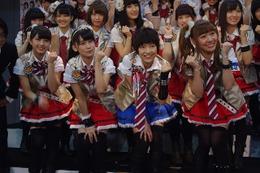 『AKB49~恋愛禁止条例~』、キャスト勢揃いの会見!ハンパない意気込みで初日へGO!