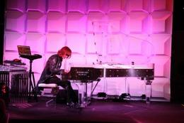 ハローキティーに公式テーマソング誕生  X JAPANのYoshikiがロサンゼルスで発表