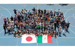 「映画クレヨンしんちゃん」メキシコに上陸 現地学校で上映会開催 画像