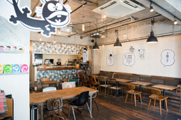 赤塚不二夫カフェが期間限定で原宿に登場。『バカボン』の世界を食で堪能 画像