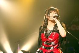 鈴木このみ 1年ぶりのワンマンライブを開催 「武道館、行きたいです!」の宣言も 画像