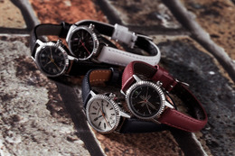 「血界戦線」キャラクター4人をイメージした腕時計を発売 画像
