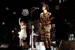 TRUSTRICK2015年の集大成LIVEを開催、神田沙也加×Billyが新曲初披露 画像