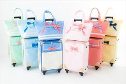 旅行にも便利 「美少女戦士セーラームーン」かわいいトローリーバッグ発売 画像