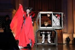 プリンセス天功が「仮面ライダーウィザード」を応援 鬼龍院翔が歌う主題歌披露イベント 画像