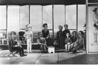 1965年『サンダーバード』。The Tracy family of Gerry Anderson's television series 'Thunderbirds' operate the International Rescue service. (Photo by Larry Ellis/Getty Images)