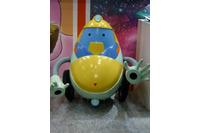 お掃除ロボットQTもブースで『スペース☆ダンディ』をアピール。トークショーにも現れ、会場を湧かせていた
