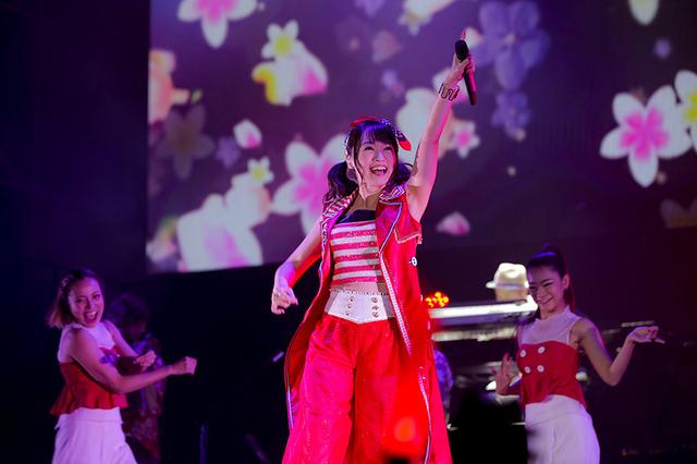 水樹奈々、4年ぶり台湾公演で全23曲熱唱! 約4,500人動員した「LIVE ...