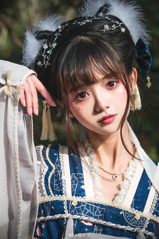 中国美少女モデル無修正