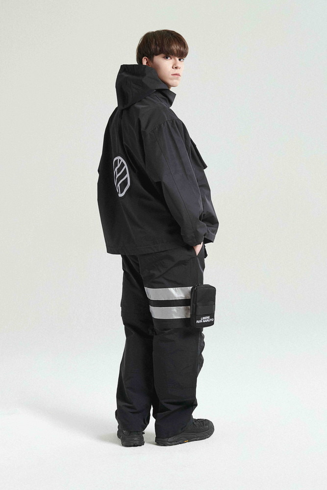 「TACTICAL SHELL JACKET」(C)岸本斉史 スコット/集英社・テレビ東京・ぴえろ&LIBERE(R)
