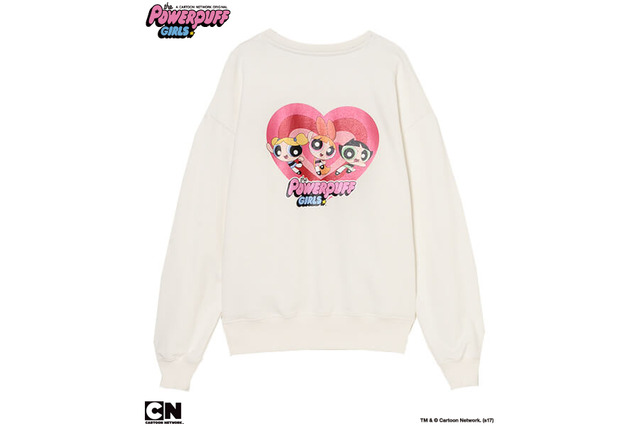 「THE POWERPUFF GIRLS SWEAT TOPS」10,800円(税抜)TM&(c)Cartoon Network.(s17)