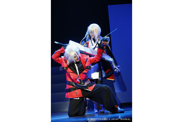 (C)ARC SYSTEM WORKS(C)LIVE ACT「BLAZBLUE」  撮影:坂野則幸
