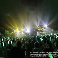 デビューから8年、ついに初音ミクが武道館に「マジカルミライ 2015」初日ライブレポート 画像
