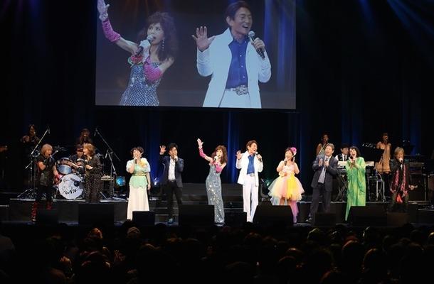 ささきいさお、水木一郎、堀江美都子、大杉久美子らが集結 究極のアニソンライブをレポート