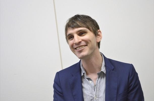 壮大な音楽を生み出す作曲家Evan Callがヴェールを脱ぐー『シュヴァルツェスマーケン』インタビュー