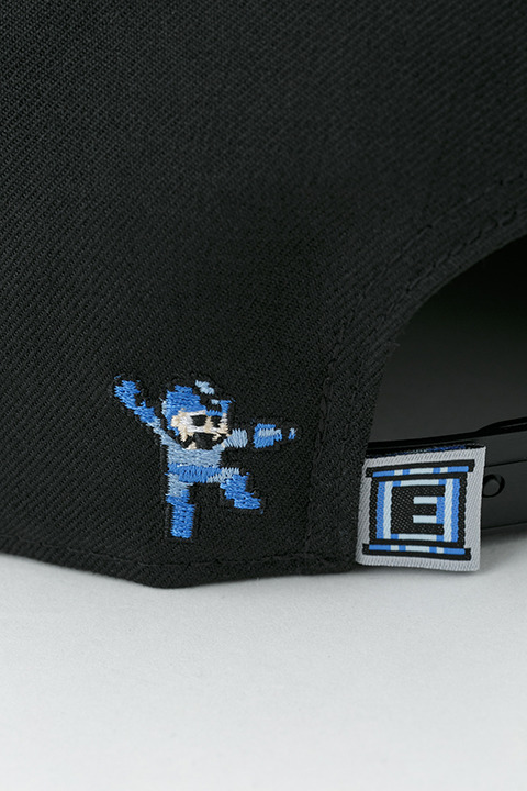 ロックマン×NEW ERAキャップ5,800円(税別)(C)CAPCOM CO., LTD. ALL RIGHTS RESERVED.