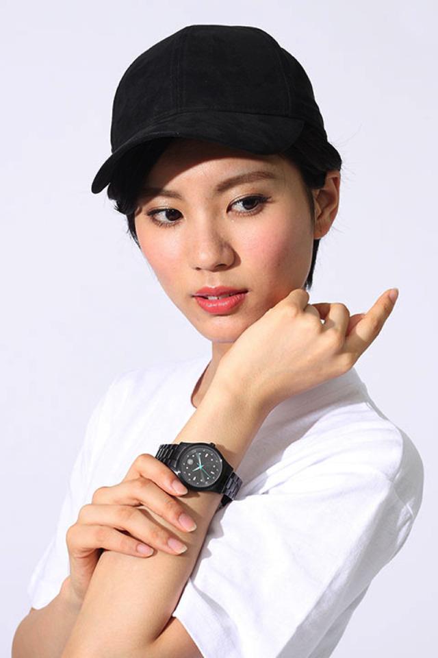 『PSYCHO-PASS サイコパス』コラボレーションアイテム 腕時計/14,800円(税別) (C)PSYCHO-PASS Committee