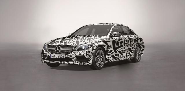 「荒木飛呂彦原画展 JOJO 冒険の波紋」 特別コラボカー Mercedes-Benz C-Class JOJO concept 「ドドドカー」