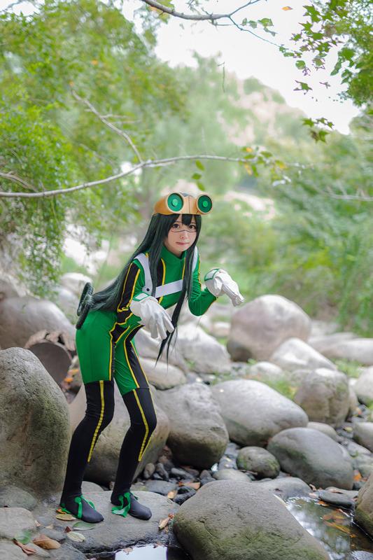蛙吹梅雨 (あすいつゆ)『僕のヒーローアカデミア』
