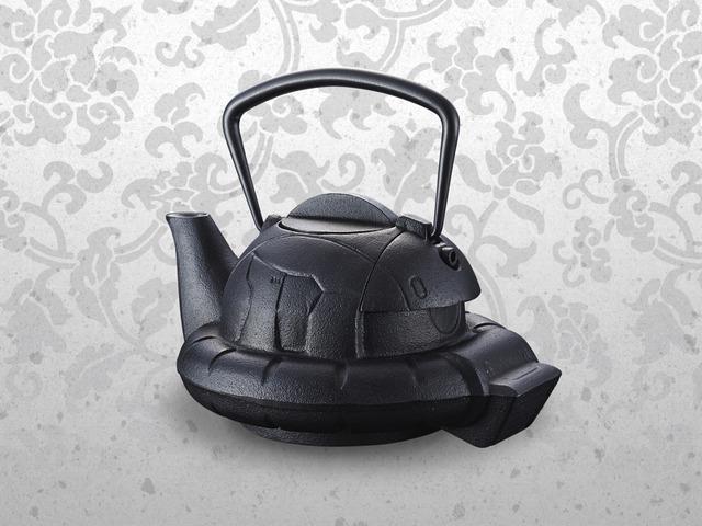 「南部鉄器 鉄瓶ZAKU」24,840円(税込)(送料・手数料別途)(C)創通・サンライズ