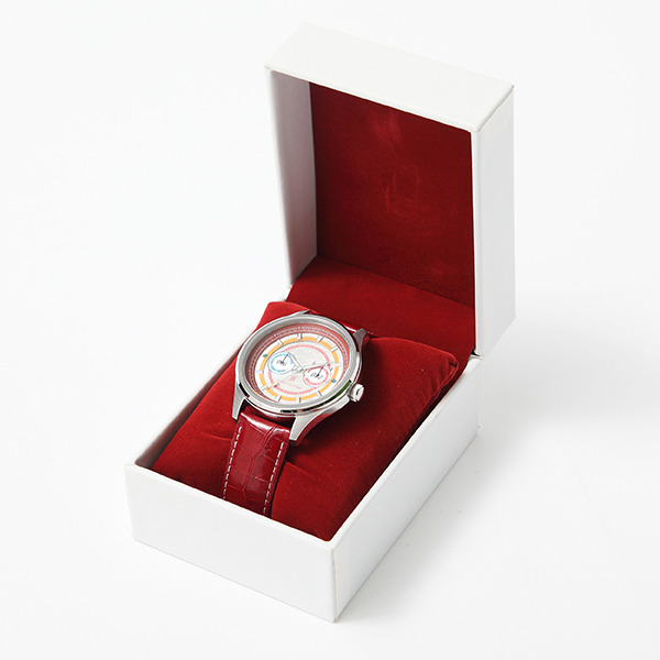 「ダーリン・イン・ザ・フランキス」コラボレーション ゼロツーモデル 腕時計 17,800円(税別)  (C)ダーリン・イン・ザ・フランキス製作委員会