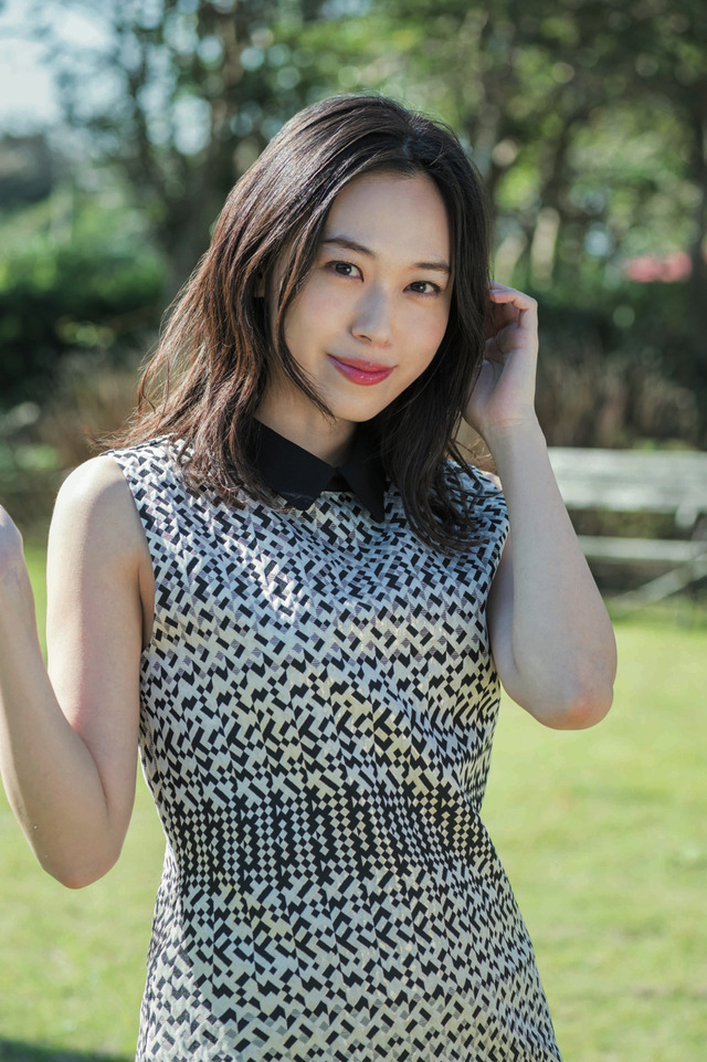 アリサ役:寿美菜子