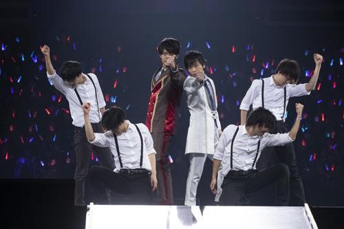 「あんさんぶるスターズ! Starry Stage 2nd ~in 日本武道館~」先生コンビスチール(C)2018 Happy Elements K.K/あんスタ!スタステ製作委員会