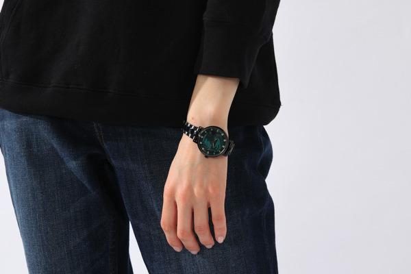 『PSYCHO-PASS サイコパス』コラボレーション「腕時計」狡噛慎也 15,800円(税別)(C)PSYCHO-PASS Committee