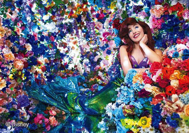「TOKYO DISNEY RESORT Photography Project Imagining the Magic Photographer Mika Ninagawa HAPPIEST MAGIC」3,800円(税別)(C)Disney