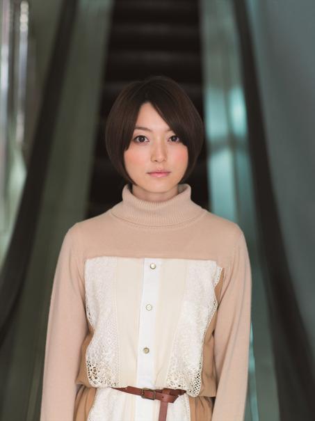 柊美子:花澤香菜