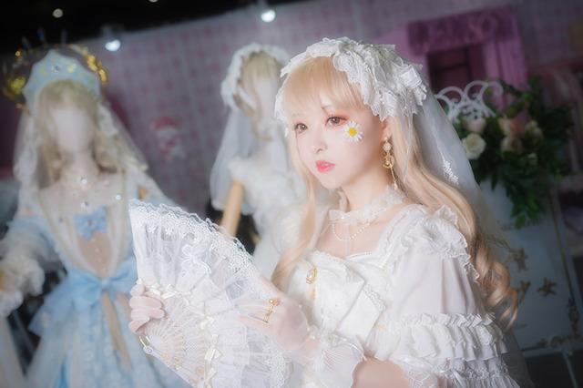 「CP24」ロリータ服/撮影:乃木章、レタッチ:寒黙
