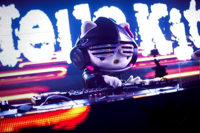DJ Hello Kitty