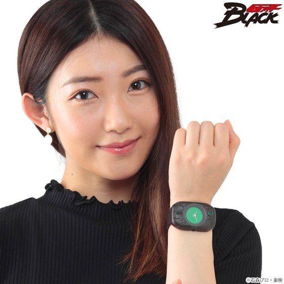 「仮面ライダーBLACK 変身!腕時計」各26,400円(税込)(C)石森プロ・東映