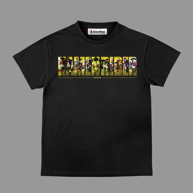 「KAMEN RIDER STORE(仮面ライダーストア)」Tシャツ 4,290円(税込)(C)石森プロ・テレビ朝日・ ADK EM ・東映(C)石森プロ・東映