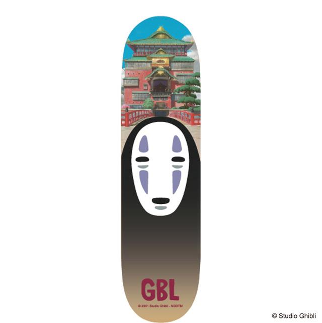 「千と千尋の神隠し スケートボードデッキ 油屋とカオナシ」12,000 円(税別)(C)Studio Ghibli