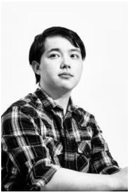 「ヤングジャンプ」編集 李