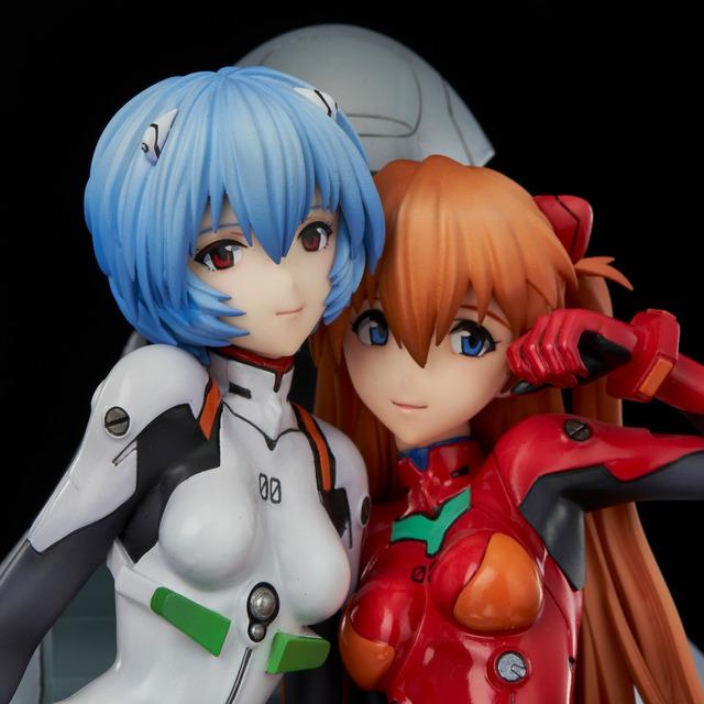 「新世紀エヴァンゲリオン レイ&アスカ ~twinmore Object~」41,800円(税込)(C)カラー