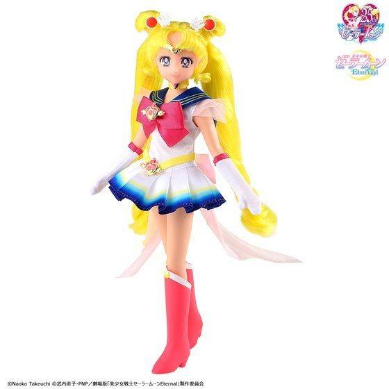 「劇場版「美少女戦士セーラームーンEternal」 StyleDoll Super Sailor Moon」5,280円(税込)(C)Naoko Takeuchi (C)武内直子・PNP・東映アニメーション (c)武内直子・PNP/劇場版「美少女戦士セーラームーンEternal」製作委員会