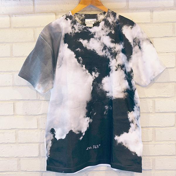 ・T-shirt(sora)5,000円(税込)