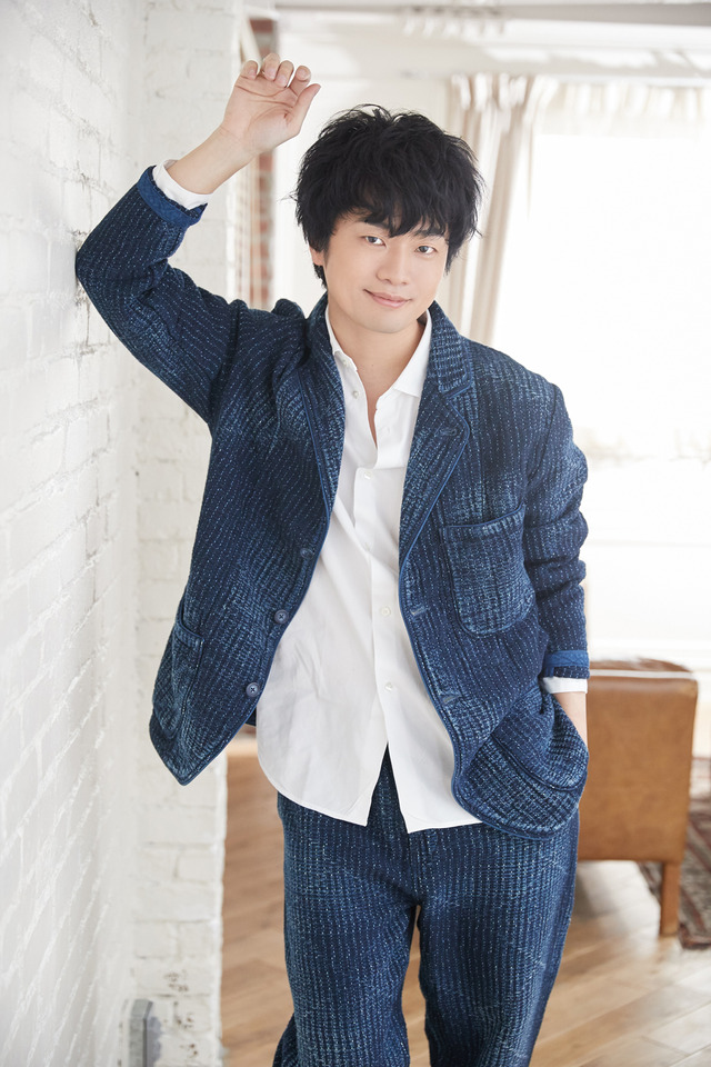 せんせ役:福山潤(C)2022 ながべ/マッグガーデン・とつくにの少女製作委員会